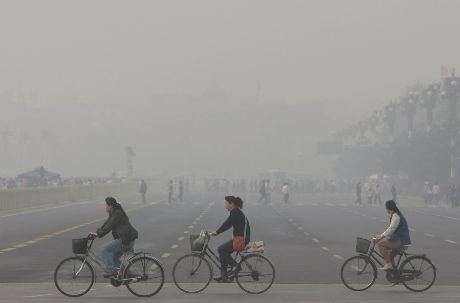 Beijing Air Pollution Exposes China's Health & Environment Risks